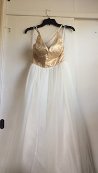White and gold prom dress size 11/12