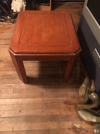 End table /side table Oklahoma City, 73112