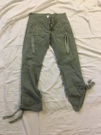 black and gray cargo pants Edmonton, T5M 2Y1