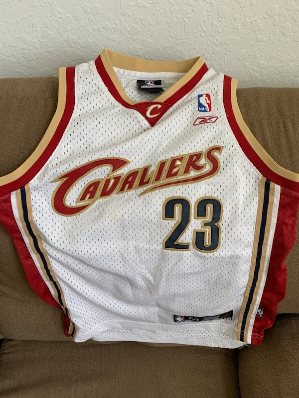 1234dfe1a2a Used Lebron James Classic Jersey Size M for sale in Miami - letgo
