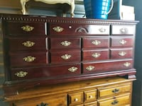 Dresser, chest South Riding, 20152