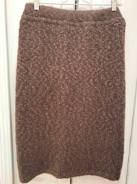 Brown Knitted Skirt, lined, size M Farmington Hills, 48336
