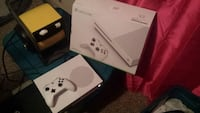 Xbox One S 500gb complete fully works