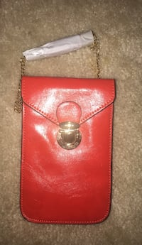 Red Pocket Purse  Odenton, 21113