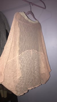 Pink lace cover up size M  Buford, 30518