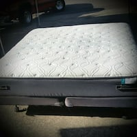 King mattress with box spring and metal Oregon City, 97045