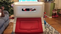 white and red Step2 toy organizer East Newark, 07029