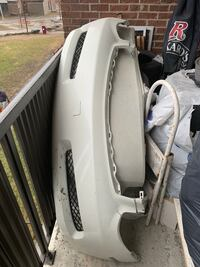 White  bumper front and rear for 2003 infinity  g35