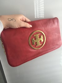 Tory Burch clutch Vaughan, L4J 8V4