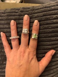 6 fashion rings. Size 7 and 8 Sterling, 20165