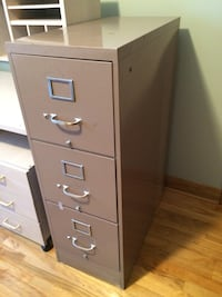 Filing cabinet  Laval, H7G 3Z4