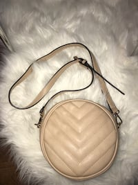 Light cream faux leather crossbody bag Whitchurch-Stouffville, L4A 3G7