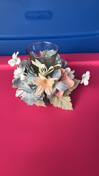 Pink and blue flower candle holder decor Winchester, 22603