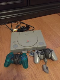 Sony PS1 console with controller Lexington, 29072