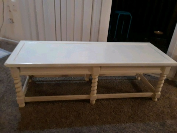 Pleasant Bench Can Use As Bottom Of Your Bed Bench Gmtry Best Dining Table And Chair Ideas Images Gmtryco