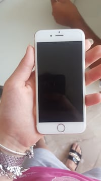 Iphone 6 in argento con custodia San Vitaliano, 80030