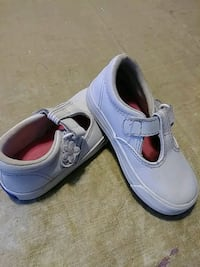 Toddler shoes size6 Palmdale, 93550