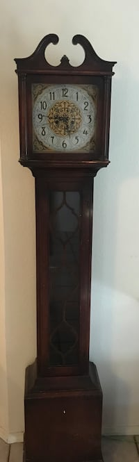 brown wooden framed glass display cabinet Rio Rancho, 87124