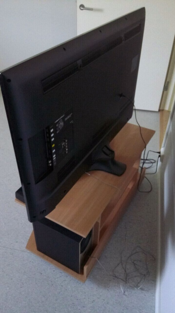 FREE TV Table with wheels