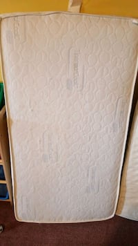 white and gray floral mattress Calgary, T3G 4C5