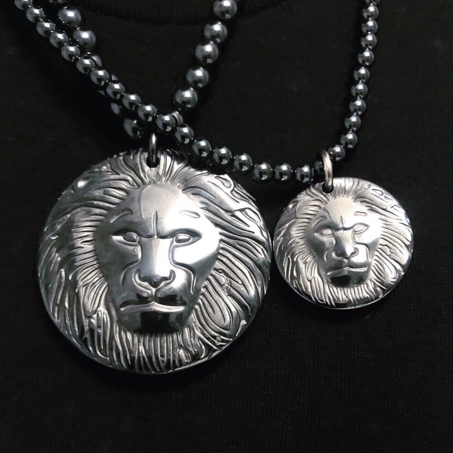 DeMarcus Alexan Hematite Stone Lion Necklace