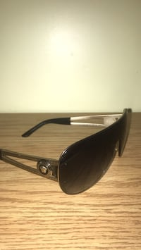 Black Framed Versace sunglasses Burlington, L7M 3E5