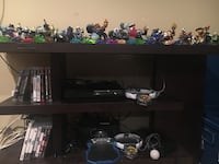 PlayStation 3 + games + figurines ..... Herndon, 20170