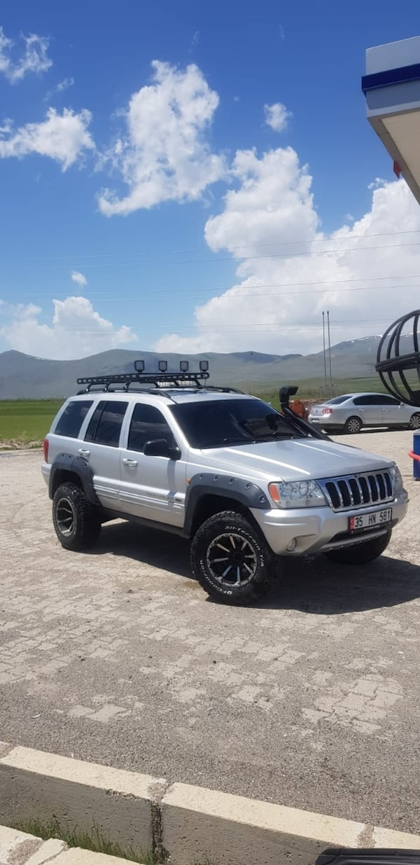 2003 Jeep Grand Cherokee 2.7 CRD LIMITED 36ce499a-bfb6-4176-a2b1-db8805044025