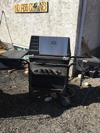 black and gray gas grill Kelowna, V1X 3Y7