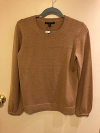 BNWT Banana Republic sweater Vancouver, V5T 2X3