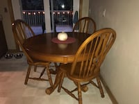 Solid oak dining table 5 chairs extends Bismarck, 58501