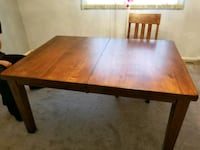 dining room table and 4 chairs  Randallstown, 21133