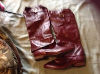 Burgundy leather boots Fredericksburg, 22407