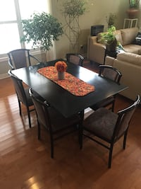 Dining Table and 6 Chairs  St Catharines, L2N 7S8