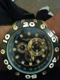 round black chronograph watch with rubber strap Baltimore, 21205
