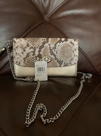 Brand new Coach white leather sling bag Germantown, 20876