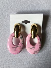 Pink & Gold Marble Earrings (Brand NEW) New York, 10451