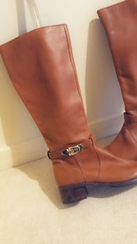 Brand new brown leather boot Guelph, N1H 6J2