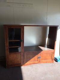 Brown wooden tv hutch  Tulsa, 74134