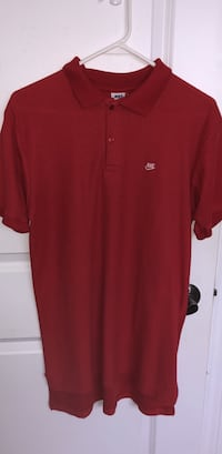 Red vintage nike polo St Catharines, L2M 7E2