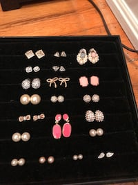 Ring and earring lot $30 Oakville, L6H 1Y4