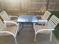 Patio table and chairs  Manteca, 95337
