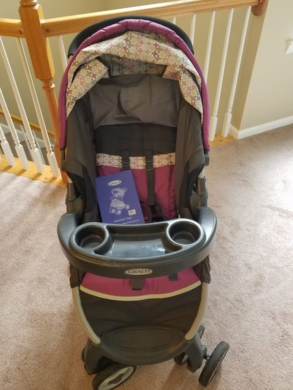 Graco FastAction Fold Stroller and Infant Car Seat Travel System 23828a34-6709-423b-b7a2-1ec6a277209f