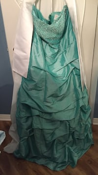 Prom dress Montréal, H1E 3L1