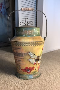 Decorative metal container