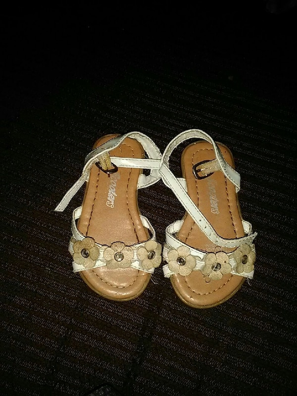 d7a6b13e8a1f Used women s pair of white-and-brown sandals for sale in Biscoe - letgo