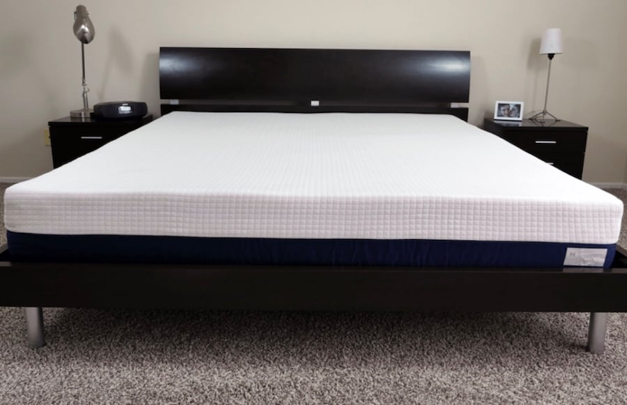 Helix King Size Mattress  9399124e-8d41-40c4-8783-84eb55a2c5b3