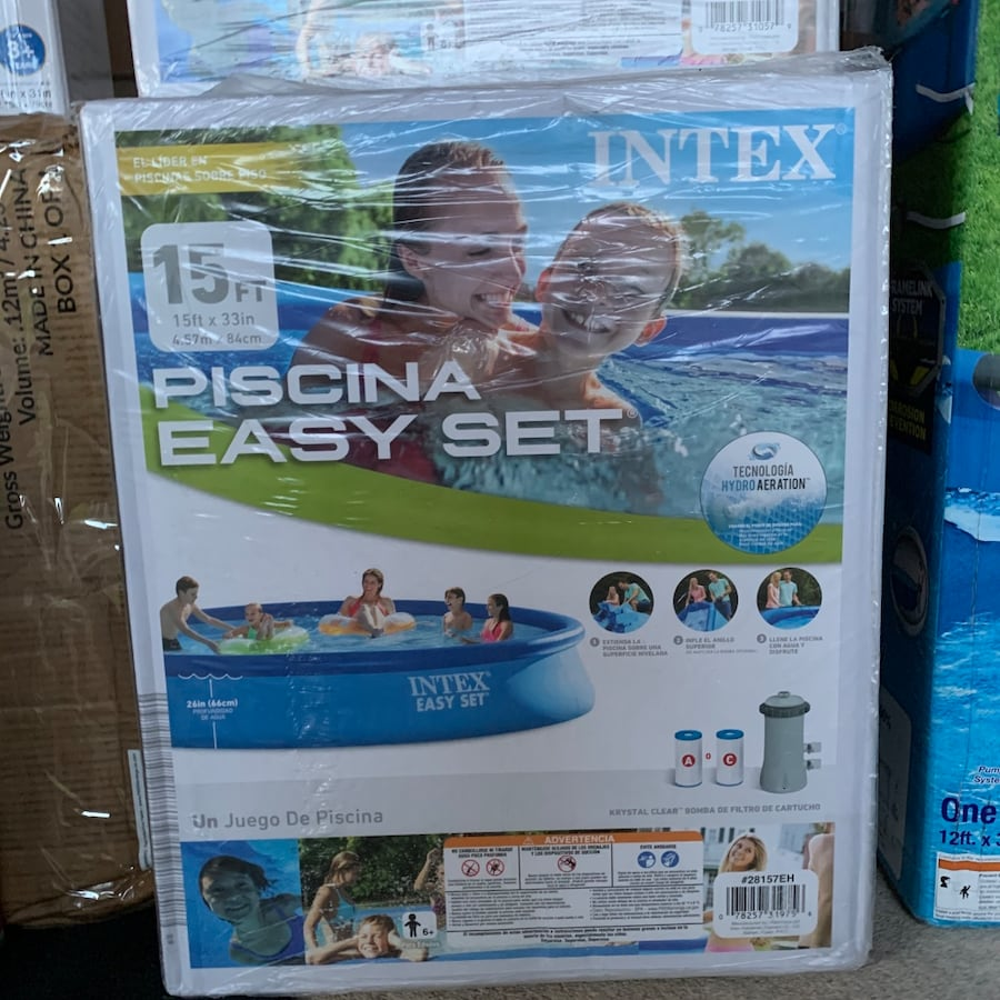 SALE Summer Pool!! Negotiable Above Ground/Inflatable Pools acce0ad5-aa65-467a-bfe3-f2f9298183df