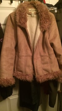 brown zip-up fur jacket