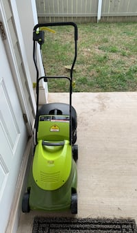 """Mower electric 14"""" 12amp  Chantilly, 20152"""